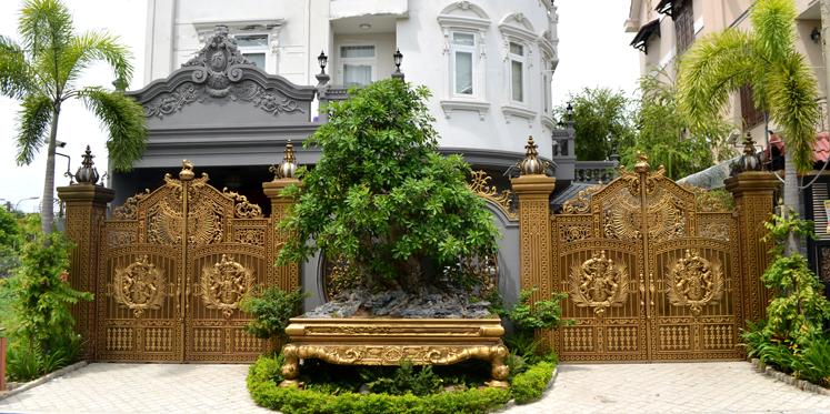 Cổng nhôm đúc tại Bình Tân TPHCM