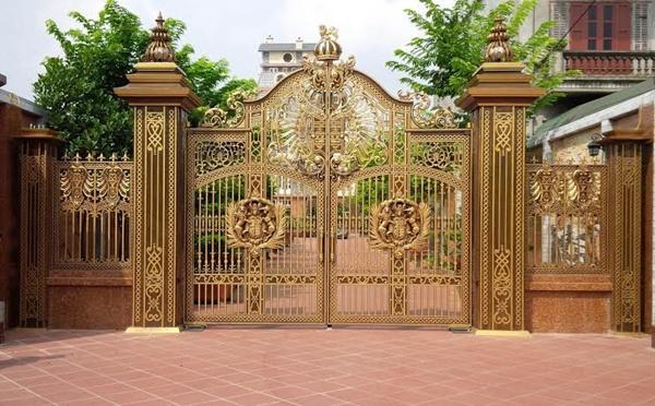 Sản xuất lắp đặt cổng nhôm đúc cho cổng biệt thự tại Hải Phòng
