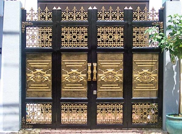 Mẫu cổng nhôm đúc - CN40