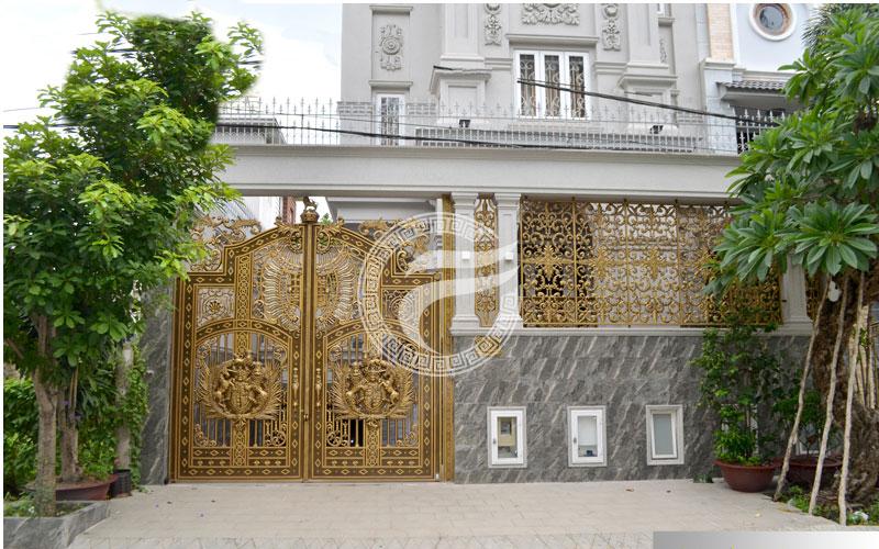 Công trình cổng nhôm đúc Huyện Bình Chánh TPHCM